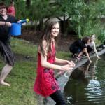 Vesisotaan osallistujilla ei ollut rauhallisia hetkiä.