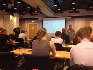 Lars-Petter Helgestad föreläser (foto: Felix Mäkelä)